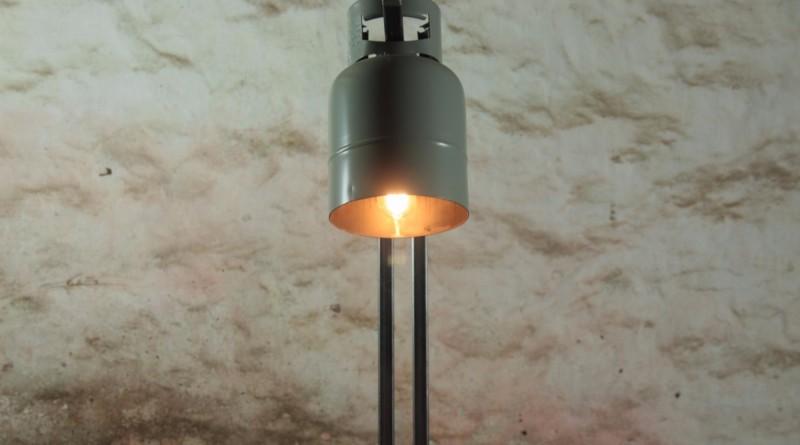 industriele staande lamp