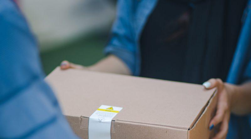 Dozen inpakken en pakketten versturen